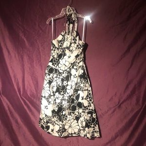 Loft size 6 really pretty dress